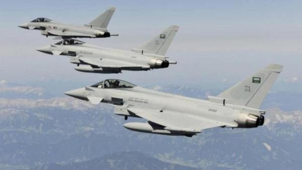 الجيش: مقاتلات التحالف تستهدف تعزيزات الحوثيين غربي مأرب