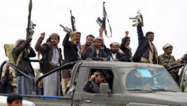 الحوثيون يلقون القبض على متهم باختراق هواتف النساء وابتزازهن في صنعاء